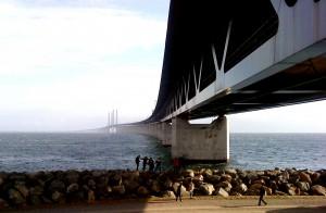 Oresund_bridge_from_peberholm2